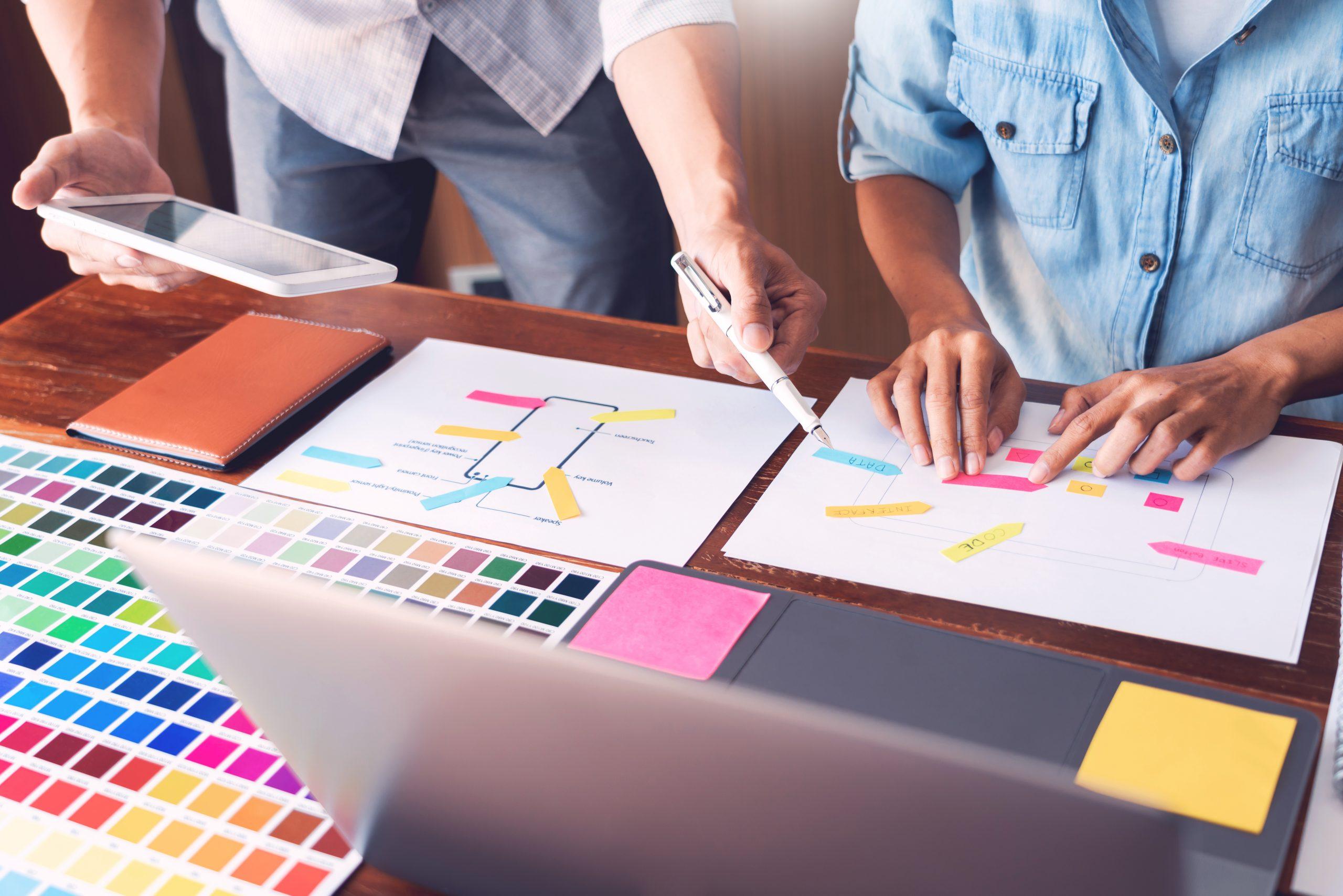 identité de marque charte graphique colorée